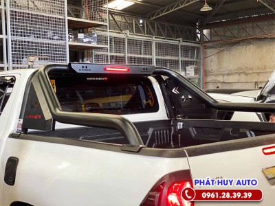 Khung thể thao xe Toyota Hilux 2021