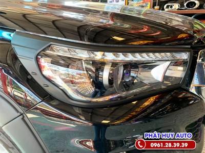 Viền đèn trước sau Toyota Hilux 2020