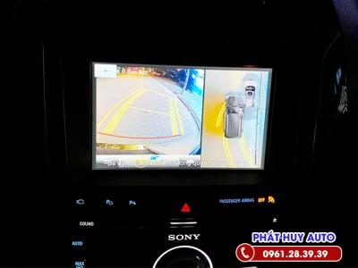 Camera 360 độ Ford Explorer 2021