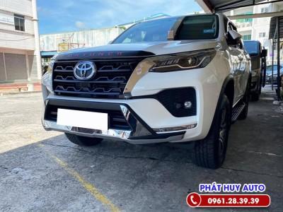 Ốp cản trước sau Toyota Fortuner 2021