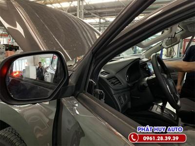 Cảnh báo điểm mù Mitsubishi Triton