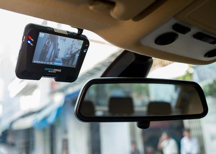 Camera giám hành trình cao cấp cho ô tô
