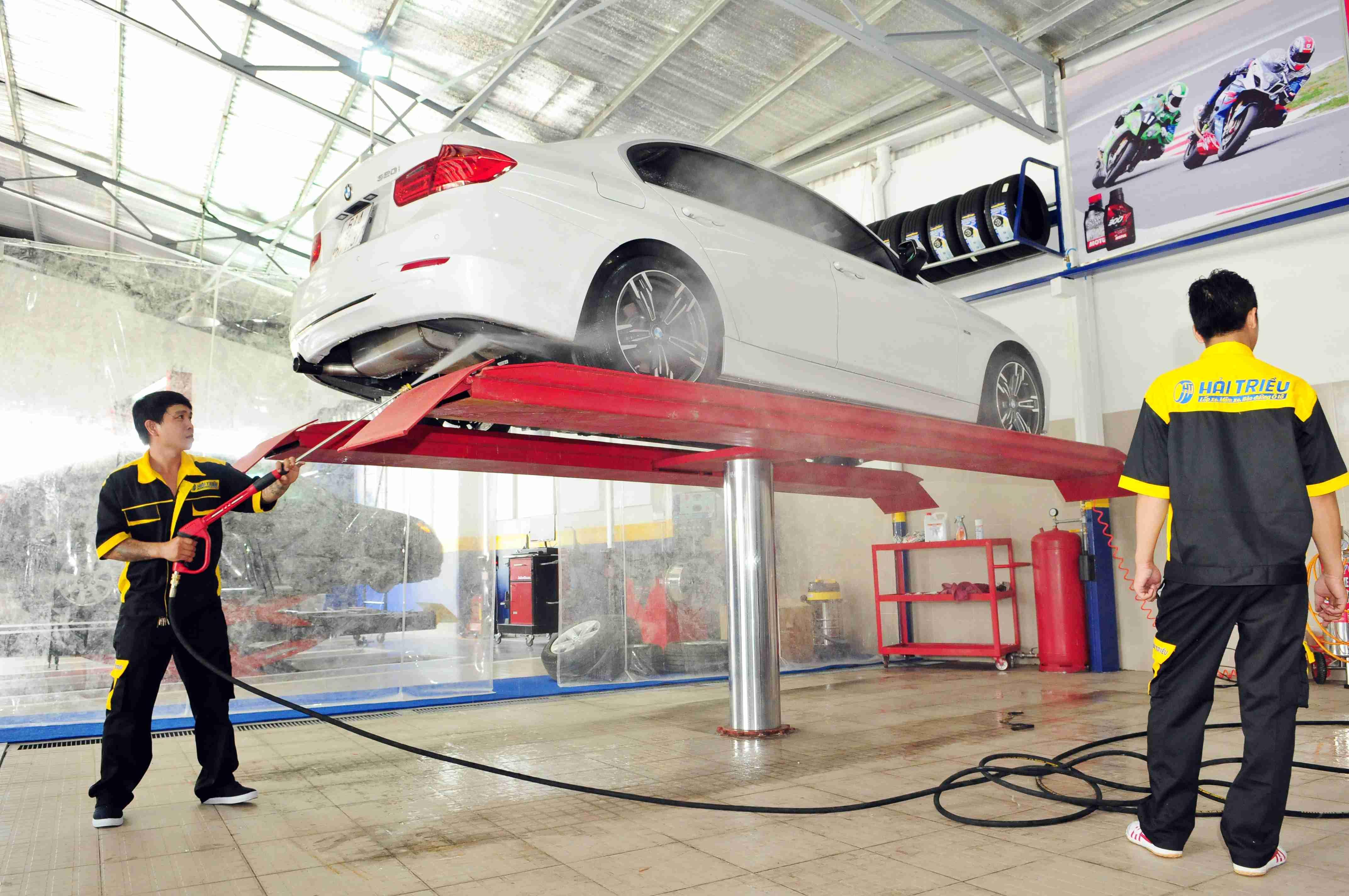 Dịch vụ rửa xe chăm sóc xe hơi thông minh