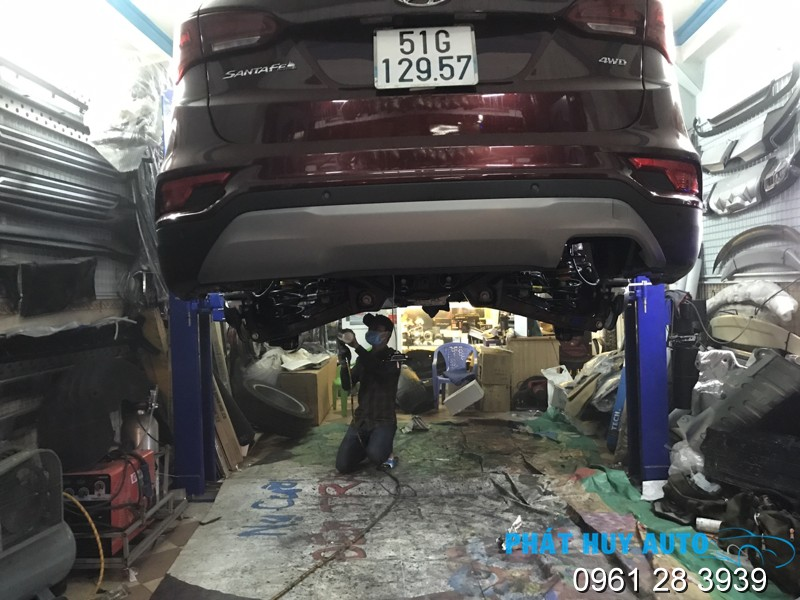 Phủ gầm xe Hyundai Santafe