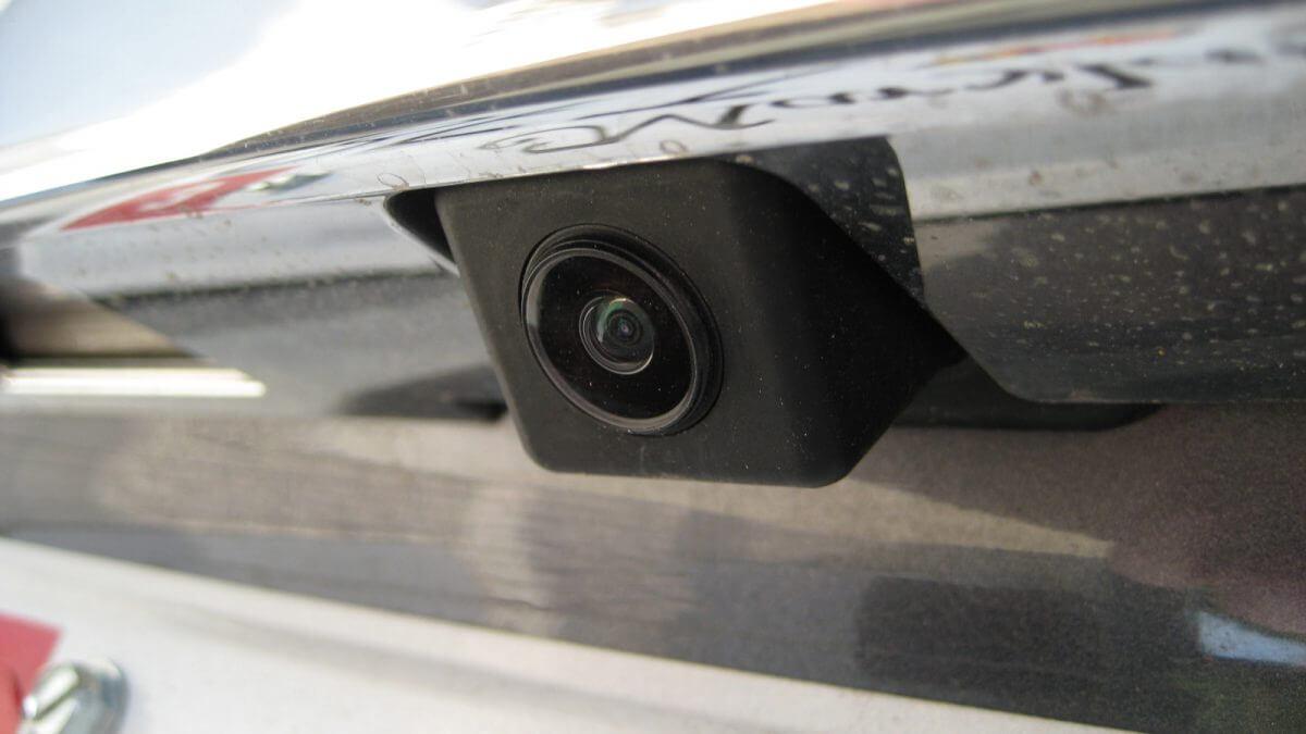 Camera 360 độ được gắn ở nhiều vị trí khác nhau của ô tô