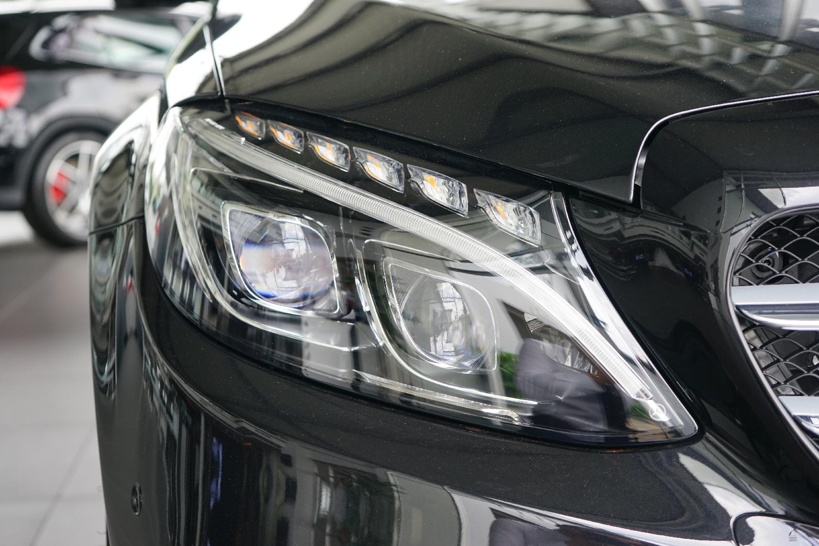 Độ đèn led cho xe ô tô